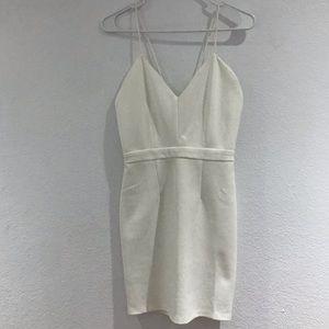 Bodycon white dress